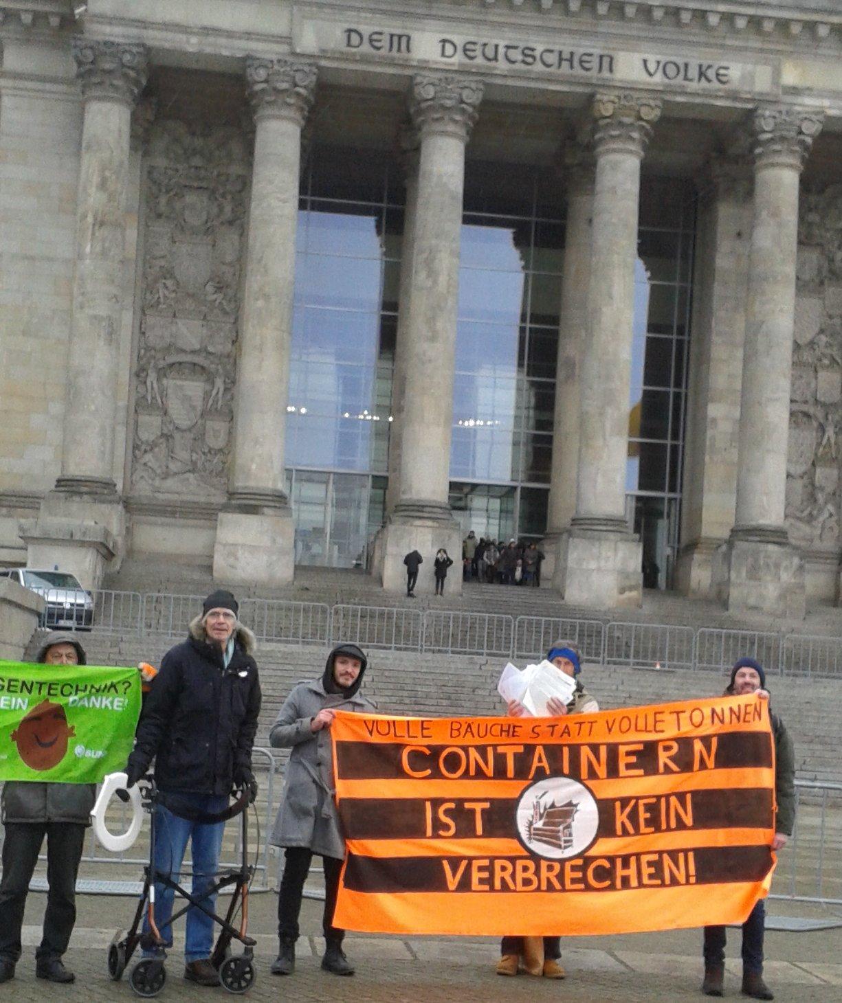 Am 20.1.2018 vor dem Reichstag